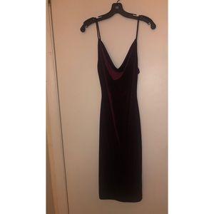 Lulu's burgundy velvet dress